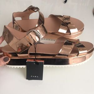 Zara sandals size 39/8 us w white platform